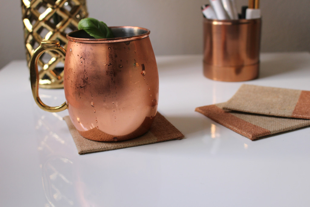 DIY Copper and Burlap Coasters by Twinspiration at http://twinspiration.co/copper-burlap-coasters/