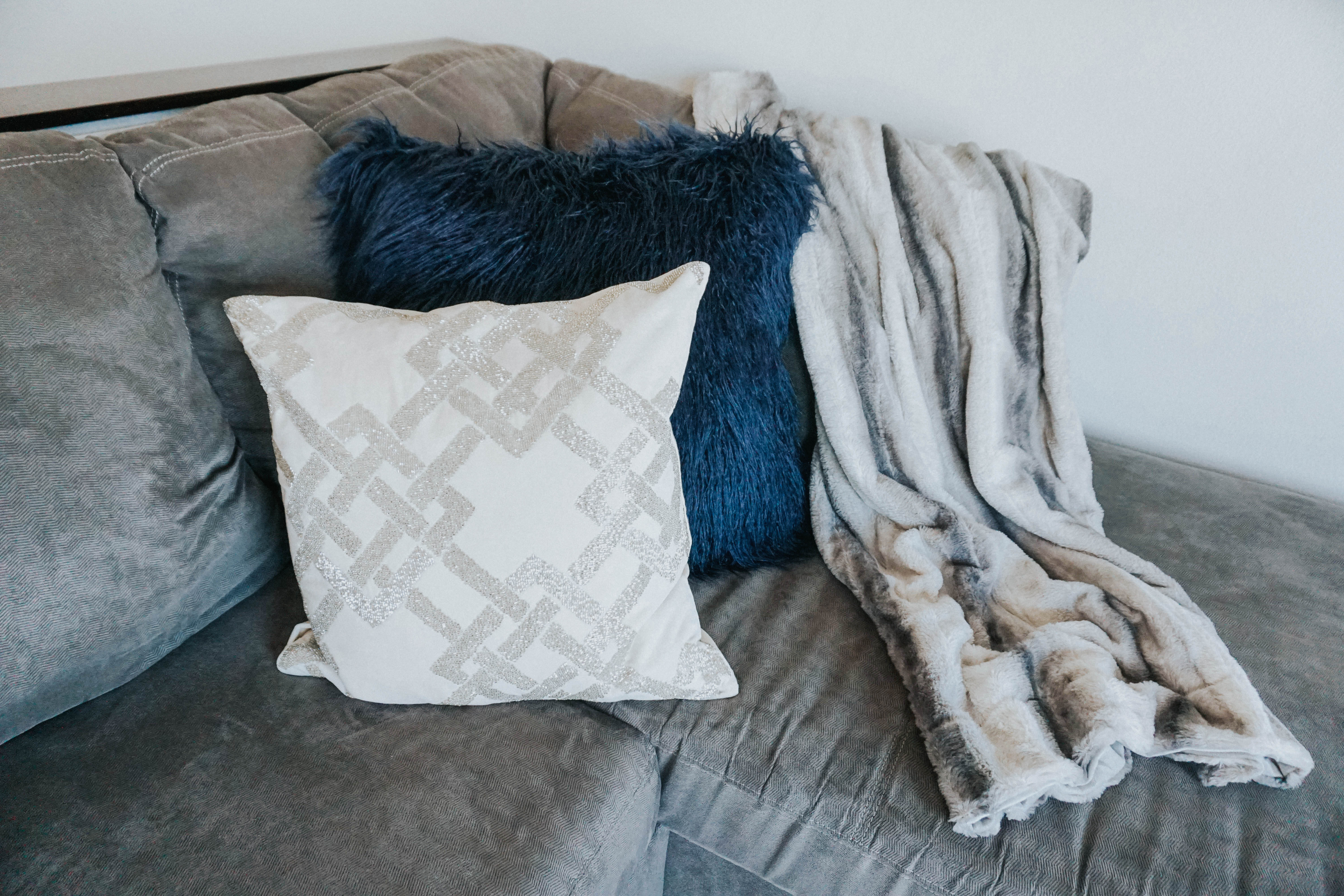 How to Revamp Your Living Room | Twinspiration
