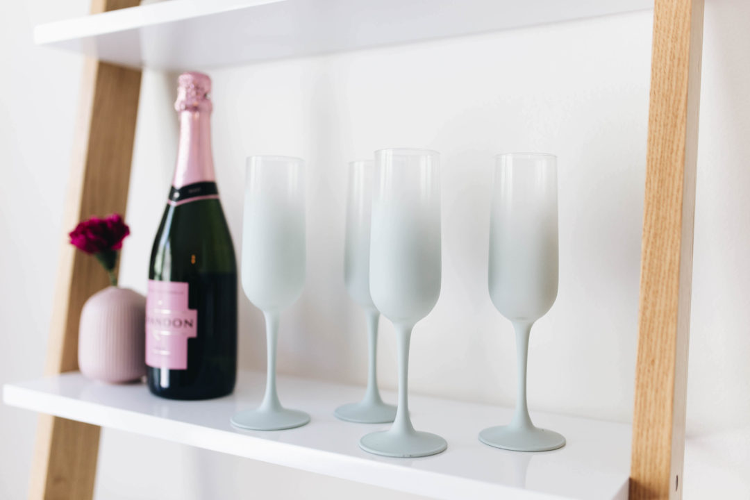 DIY Vintage Frosted Glassware | Twinspiration