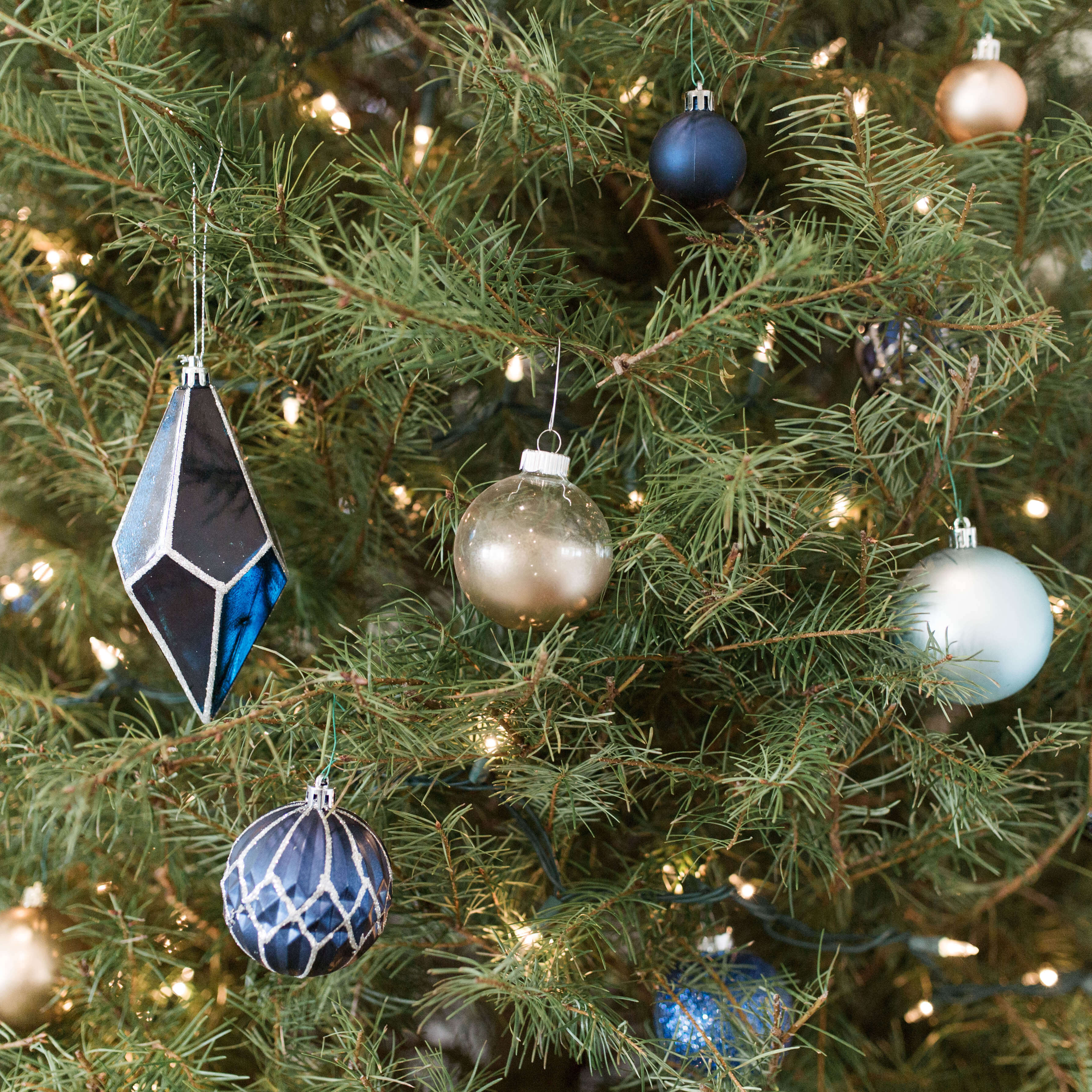 DIY Metallic Frosted Ornaments | Twinspiration