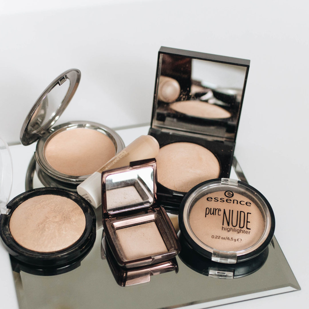 Best Natural Looking Highlighters | Twinspiration